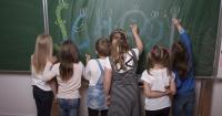 20 preguntas para hacerle a tu hijo cuando vuelve de la escuela en lugar de ¿cómo estuvo tu día?