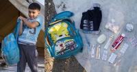 Él es Omram, tiene 6 años y lo que lleva él y otros inmigantes en sus bolsos mientras escapan de la guerra te conmoverá