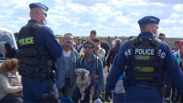 """""""Este hombre trajo a su perro todo el camino desde Siria"""""""