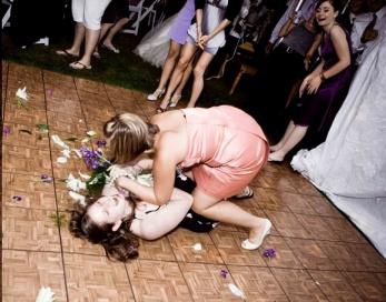 women-fighting-over-bouquet