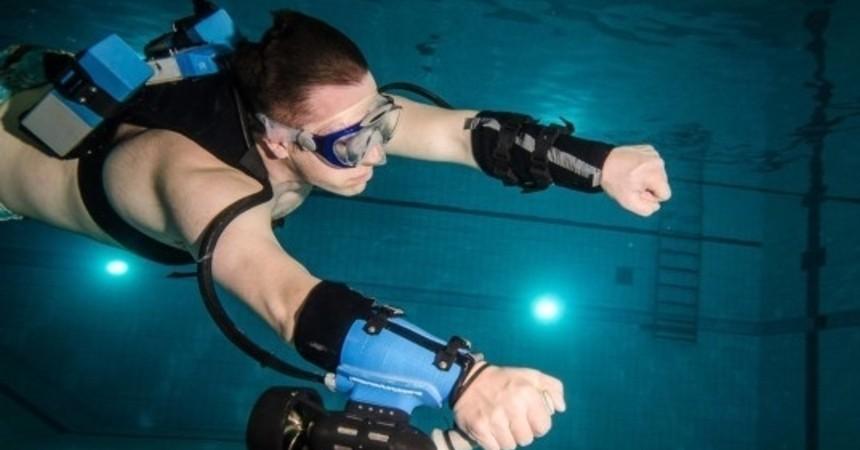 clip_x2-sport-underwater-jetpack1-537x356_phixr