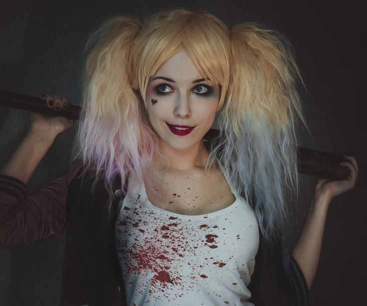 Conoce a helen stifler la hermosa 39 reina del cosplay for Harley quinn quien es