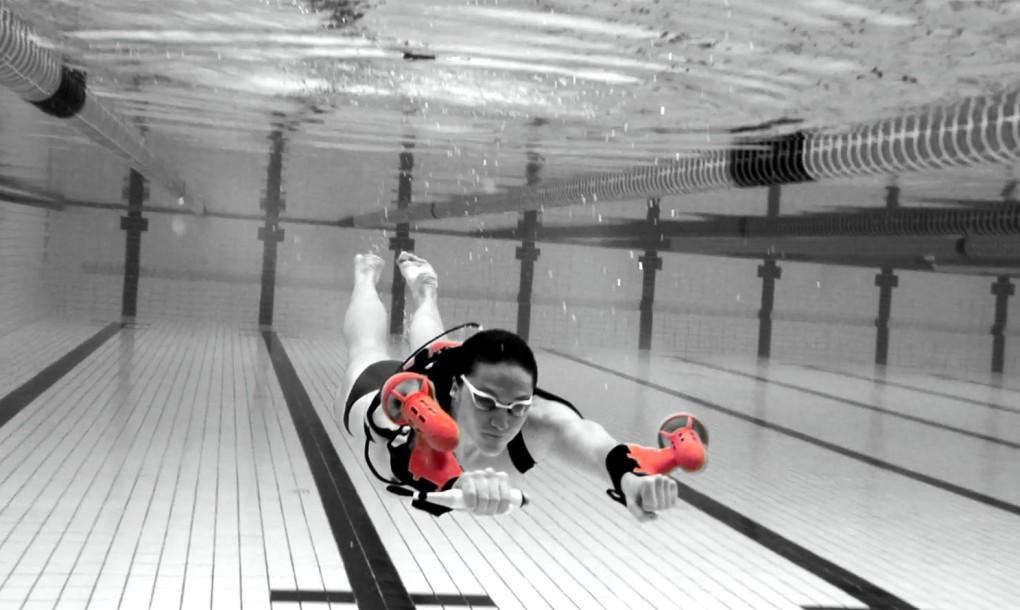 x2-sport-underwater-jetpack-1020x610-2