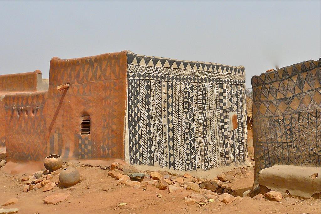 Hermoso! En este misterioso pueblo africano cada vivienda es una obra de  arte : AYAYAY