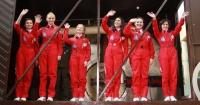 Rusia prepara una misión a la Luna donde sólo irán mujeres; al mundo le preocupa qué harán sin maquillaje tanto tiempo