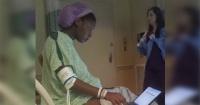 Quiso terminar el examen de la universidad mientras estaba en trabajo de parto