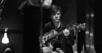 La trágica historia de Stuart Stutcliffe, el 'otro Beatle'