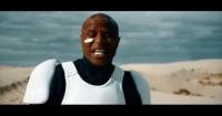 VIDEO: Esto es lo que obtienes cuando mezclas Adele, Star Wars y África
