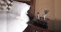 Comienza la mañana con este maravilloso reloj despertador que hace café