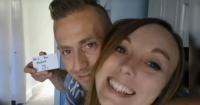 Este hombre le propuso matrimonio en 148 selfies antes que ella se diera cuenta