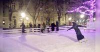 Monja maravilla a Internet por sus espectaculares piruetas sobre hielo
