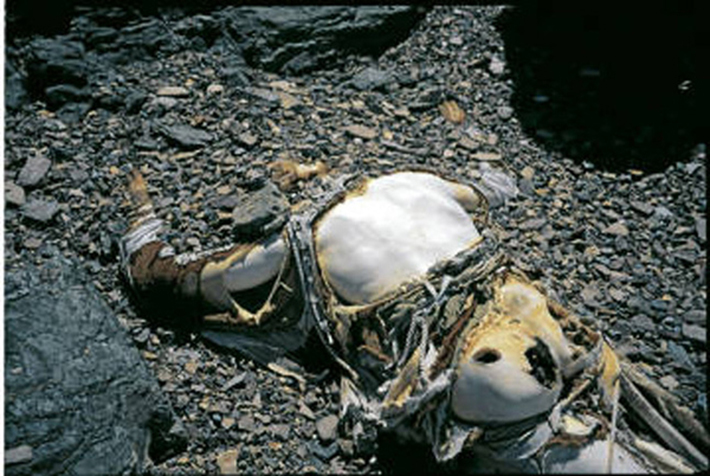 dead-bodies-everest-8