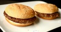 ¿Por qué las hamburguesas de comida rápida no se descomponen?