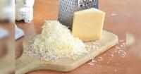 No te imaginas cuál es el asqueroso ingrediente secreto encontrado en este tipo de queso