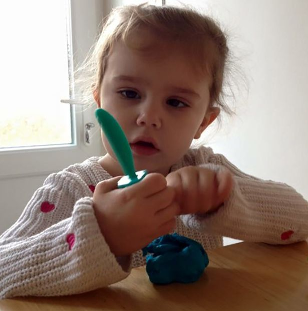 PAY-Four-year-old-Maddie-Moore (1)