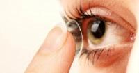 12 cosas que JAMÁS debes hacer si usas lentes de contacto