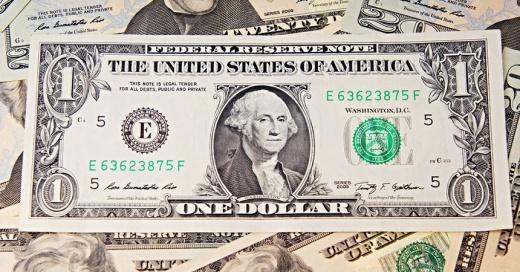 Si tienes un billete de 1 dólar como estos podrías tener una fortuna en tus manos