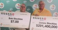 Dos hermanos ganaron la lotería pero sólo uno se volvió millonario por esta razón
