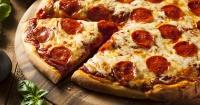 ¡Toda tu vida lo hiciste mal! Hay una forma perfecta de cortar una pizza según la ciencia