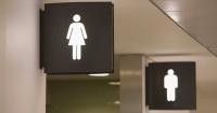 El baño de mujeres es más sucio que el de los hombres y esta es la prueba