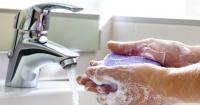 Toda tu vida te has lavado mal las manos. ¡Esta es la forma correcta de hacerlo según la ciencia!