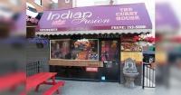 Este restaurante indio tiene dos entradas, una es para los que pagan y la otra te va a sorprender