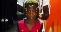 Este niño gira en 180 grados su cuello y sin efectos especiales