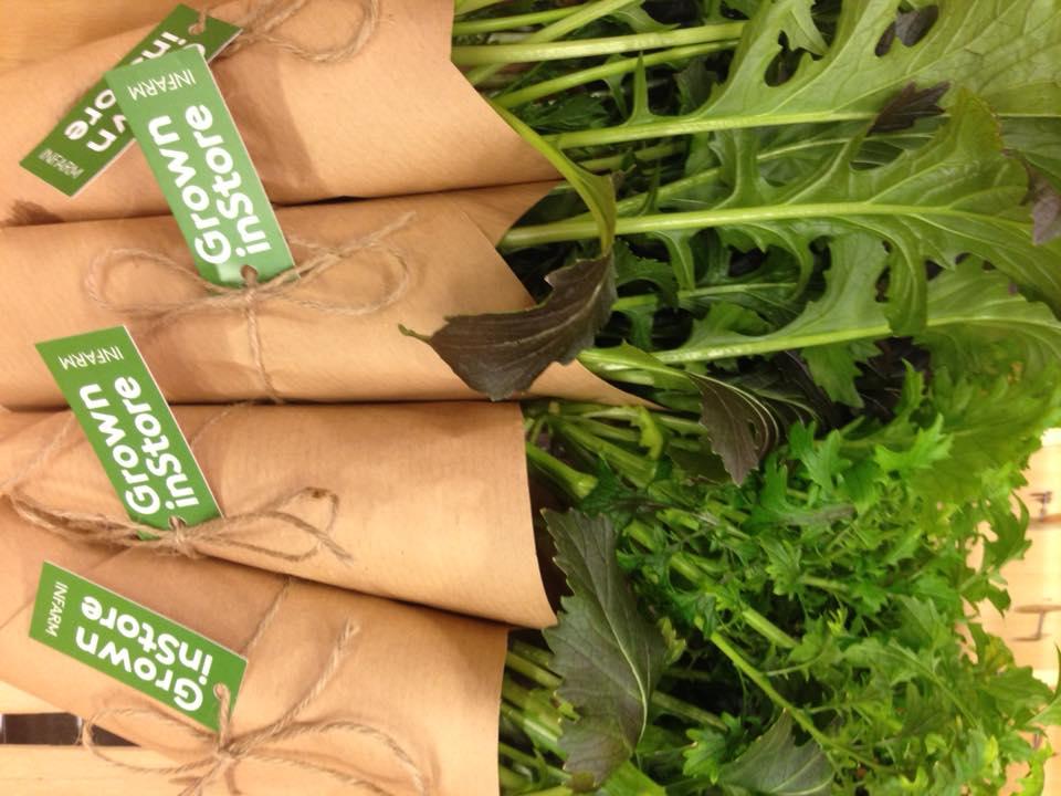 Verduras en bolsas de papel