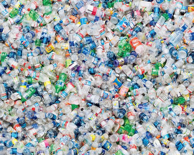 Botellas plásticas