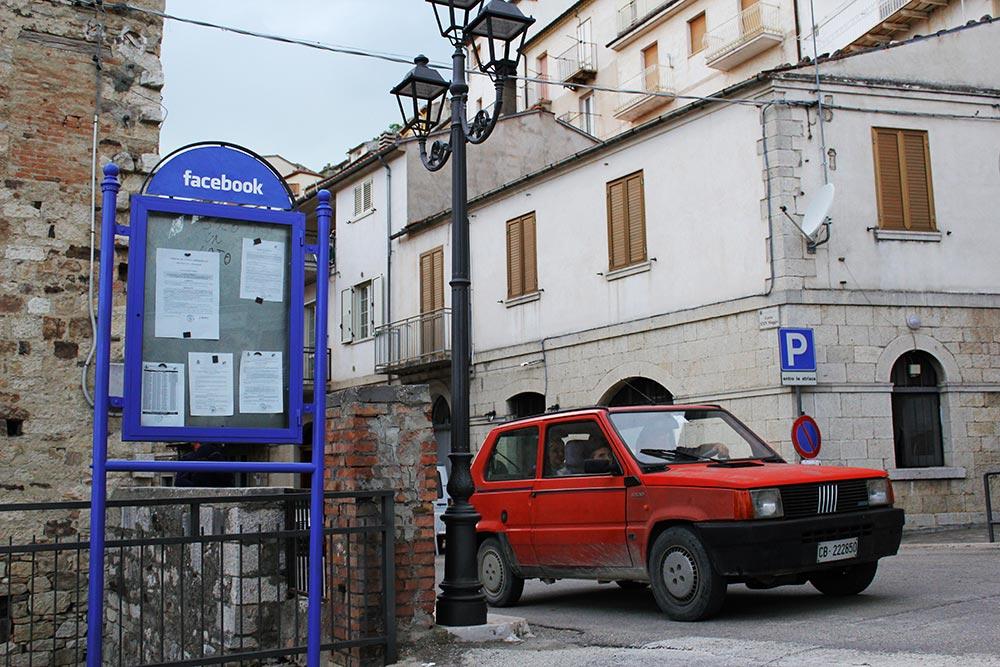 Esta ciudad no tiene Internet, pero usa redes sociales¿Como?