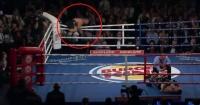 ¡Haciendo el ridículo! Boxeador sufre patética caída al festejar prematuramente su triunfo