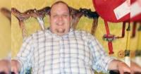 Adicto a la comida chatarra bajó 50 kilos después de quedar atorado en su auto