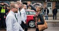 La mujer que se convirtió en heroína y símbolo de coraje por desafiar a 300 nazis en la calle