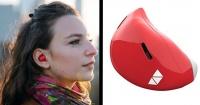 Este moderno aparato en tu oído te hará entender cualquier idioma aunque no lo sepas
