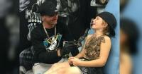 Este artista tatúa niños enfermos para hacer sus vidas en el hospital más entretenidas