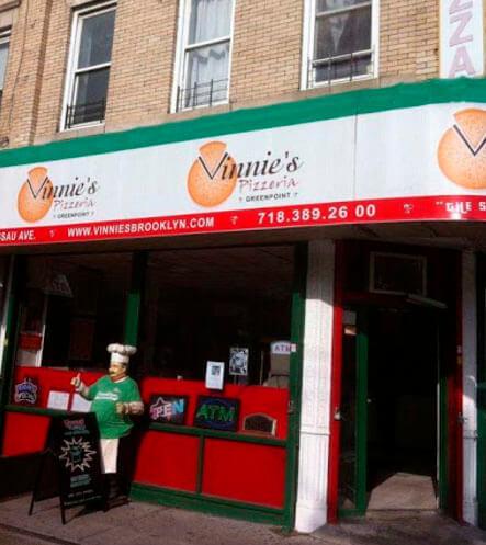 Entrada a Vinnie's Pizza