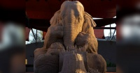 Jamás podrás creer con qué fue hecha esta increíble escultura