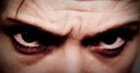 Esto ocurre si miras directamente a los ojos a una persona por 10 minutos