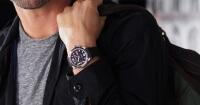 ¿Por qué los hombres usan el reloj en la mano izquierda?