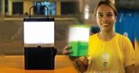 Esta ecológica lámpara usa agua salada como combustible y da luz por 8 horas seguidas