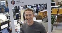 La foto que revela cuan paranoico es el creador de Facebook cuando usa Internet