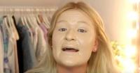 Se coloca 100 capas de maquillaje y el resultado es realmente extremo