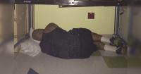 Su esposa le tomó esta foto durmiendo a su marido y todo el mundo la aplaude