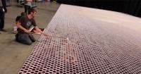 Llenó más de 66.000 vasos con 16.000 litros de agua de lluvia y este es el sorprendente resultado