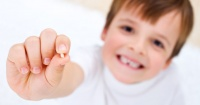 Por esta razón cada vez más médicos recomiendan conservar los dientes de los niños