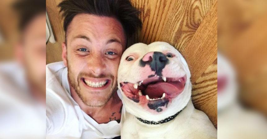 Resultado de imagen para Subió una fotografía con su mascota y la policía llegó a su casa