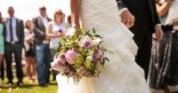 No la invitaron al matrimonio de su tía por usar muletas y contó su dolorosa experiencia