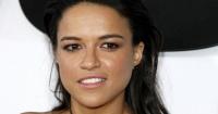 ¿Con barba y bigote? Mira el irreconocible look de Michelle Rodriguez