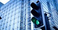 El truco para que la luz del semáforo cambie cuando tú quieras