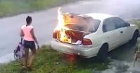Quiso quemar el automóvil de su ex para vengarse, pero cometió una brutal equivocación